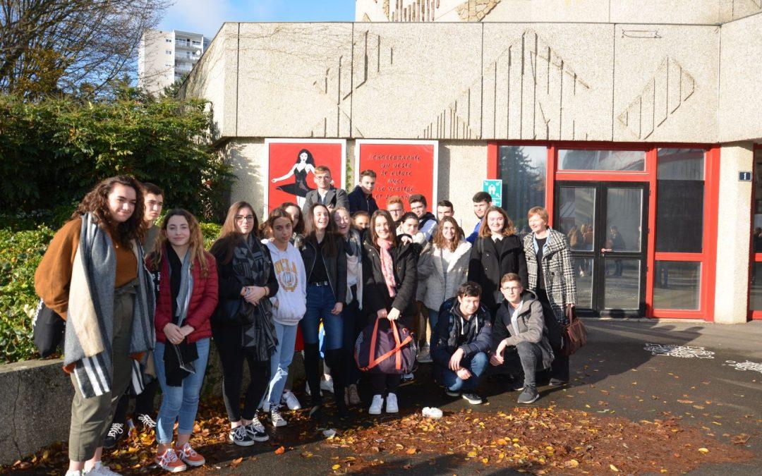 La classe de 1 STL1 aux rencontres nationales du Goncourt des lycéens